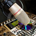 recording-studio-microphone-10016762
